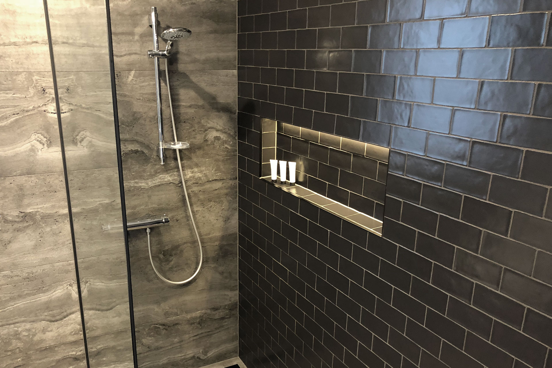 Christchurch Tiled Walk In Showers